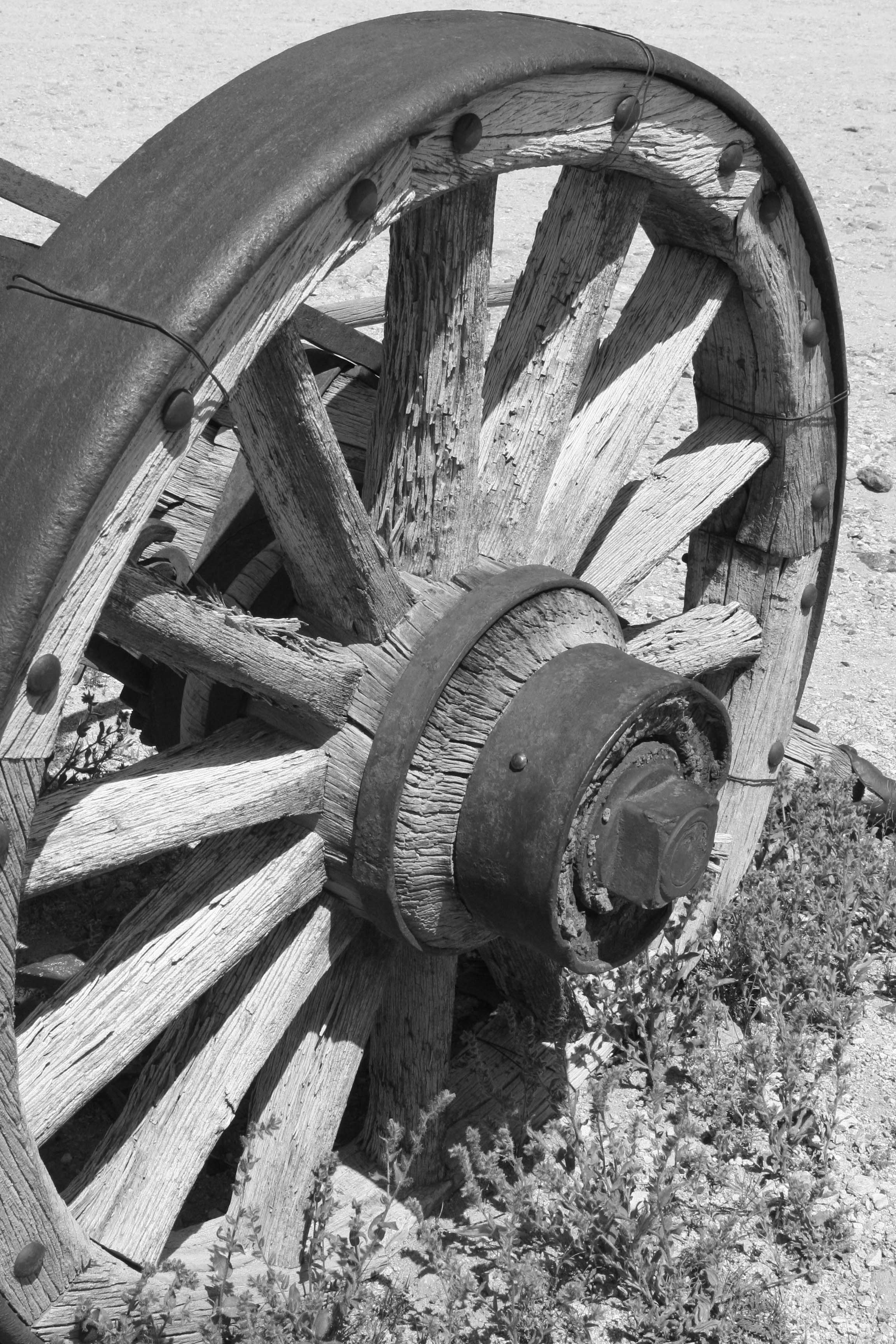 Any Old West museum... art or otherwise, has to have a wagon wheel.... and indeed we found one at the Goldwell Open Air Museum.