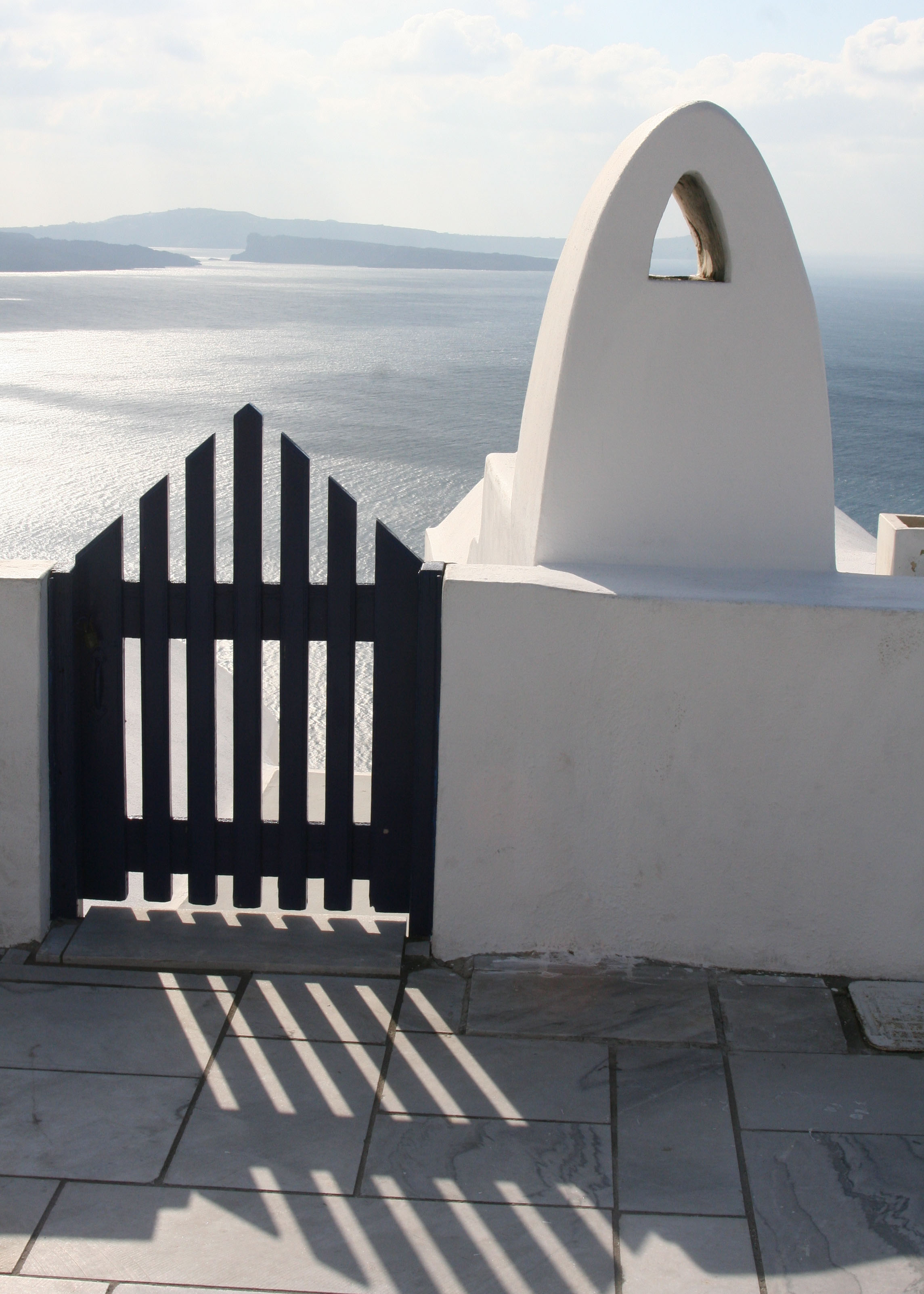 This simple gate in Oia with its dramatic shadows was quite beautiful.