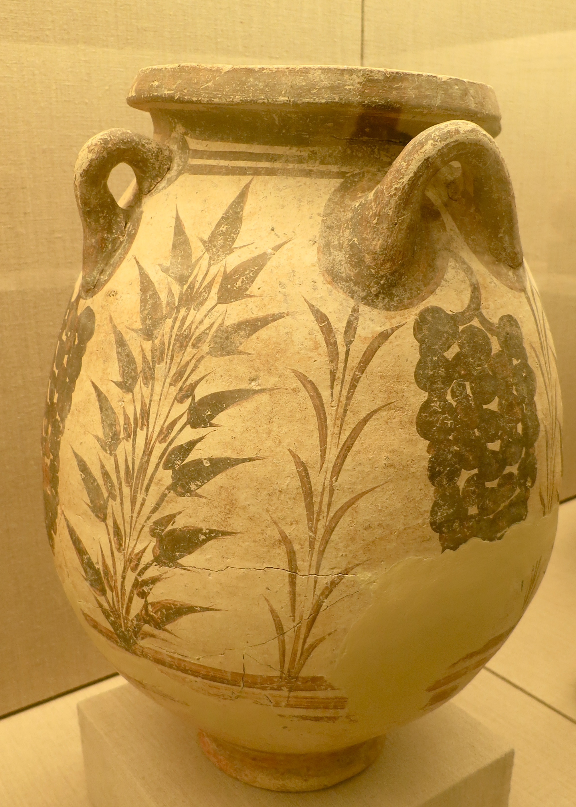 Much of the pottery found in Akrotiri also featured common crops grown by the Minoans. The grapes reflect the wine industry that has been in existence on Santorini for over 4000 years.