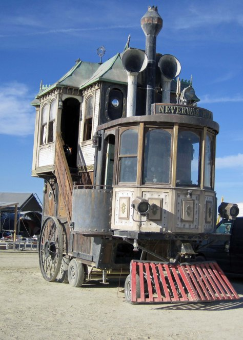 It is hard to imagine steampunk being better represented than Neverwas Haul. Picture placing a Victorian home on top of an old train's steam engine, complete with cow-catcher. (Photo by Tom Lovering aka Adios.)