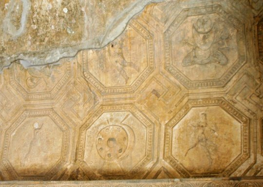 Even the ceilings of the baths at Pompeii were decorated. Note the details. Each circle contains a different subject.