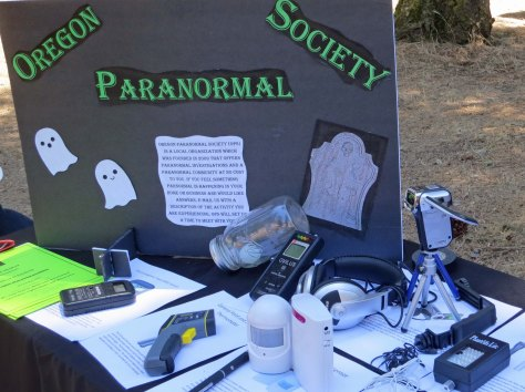 Ghost hunting in Buncom, Oregon