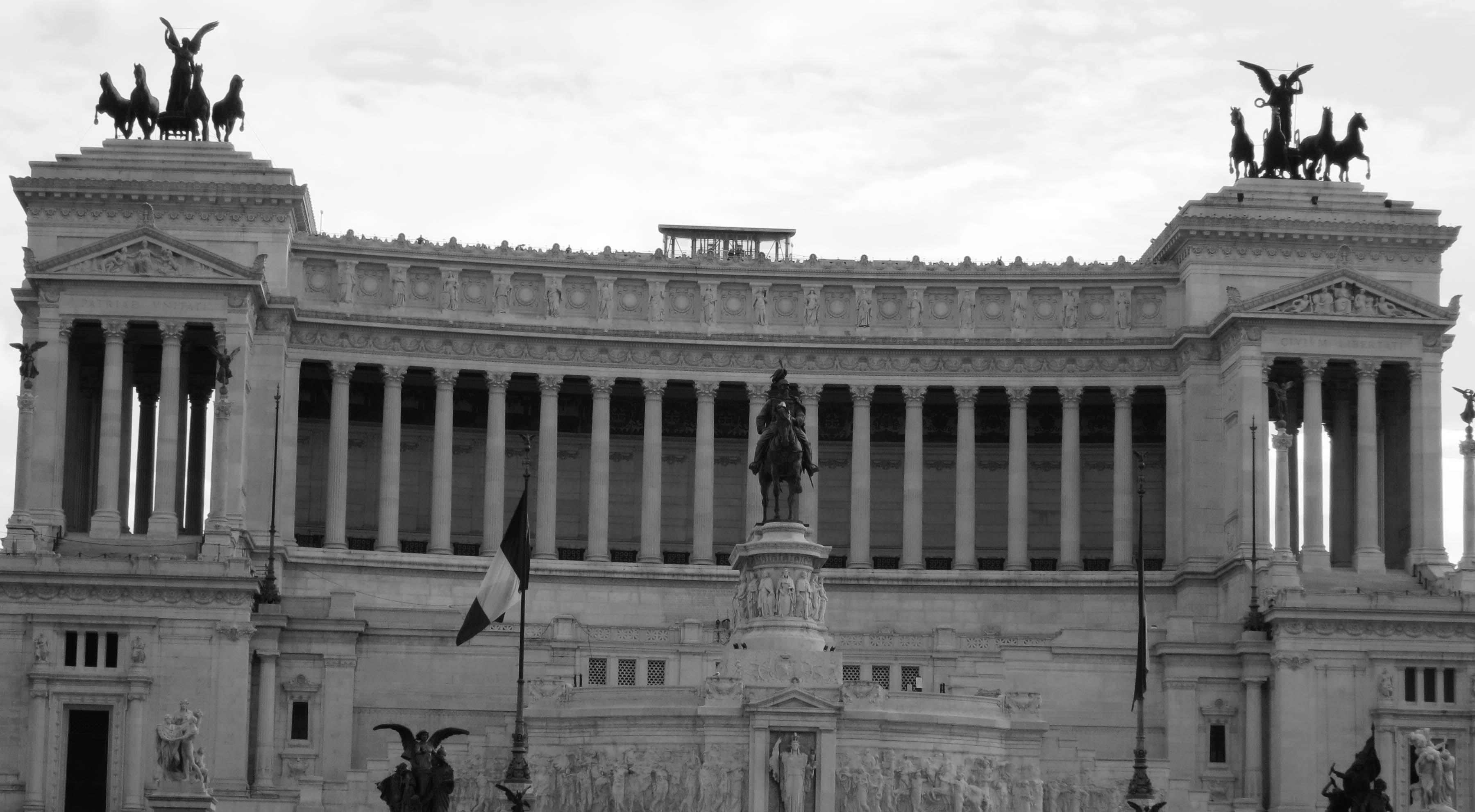 - victor-emmanuel-monument