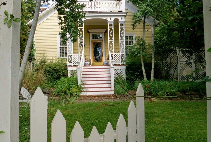 Bozo the Clown's boyhood home in Jacksonville, Oregon.