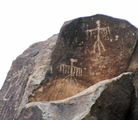 Thunderbird petroglyphs at Three Rivers Petroglyph site in southern New Mexico.