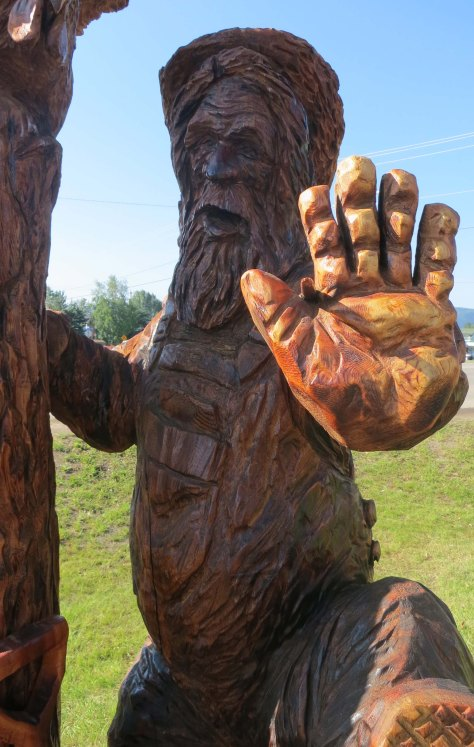 Chainsaw woodcarving at Chetwynd, BC