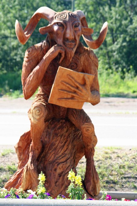 Chainsaw wood carving in Chetwynd, BC
