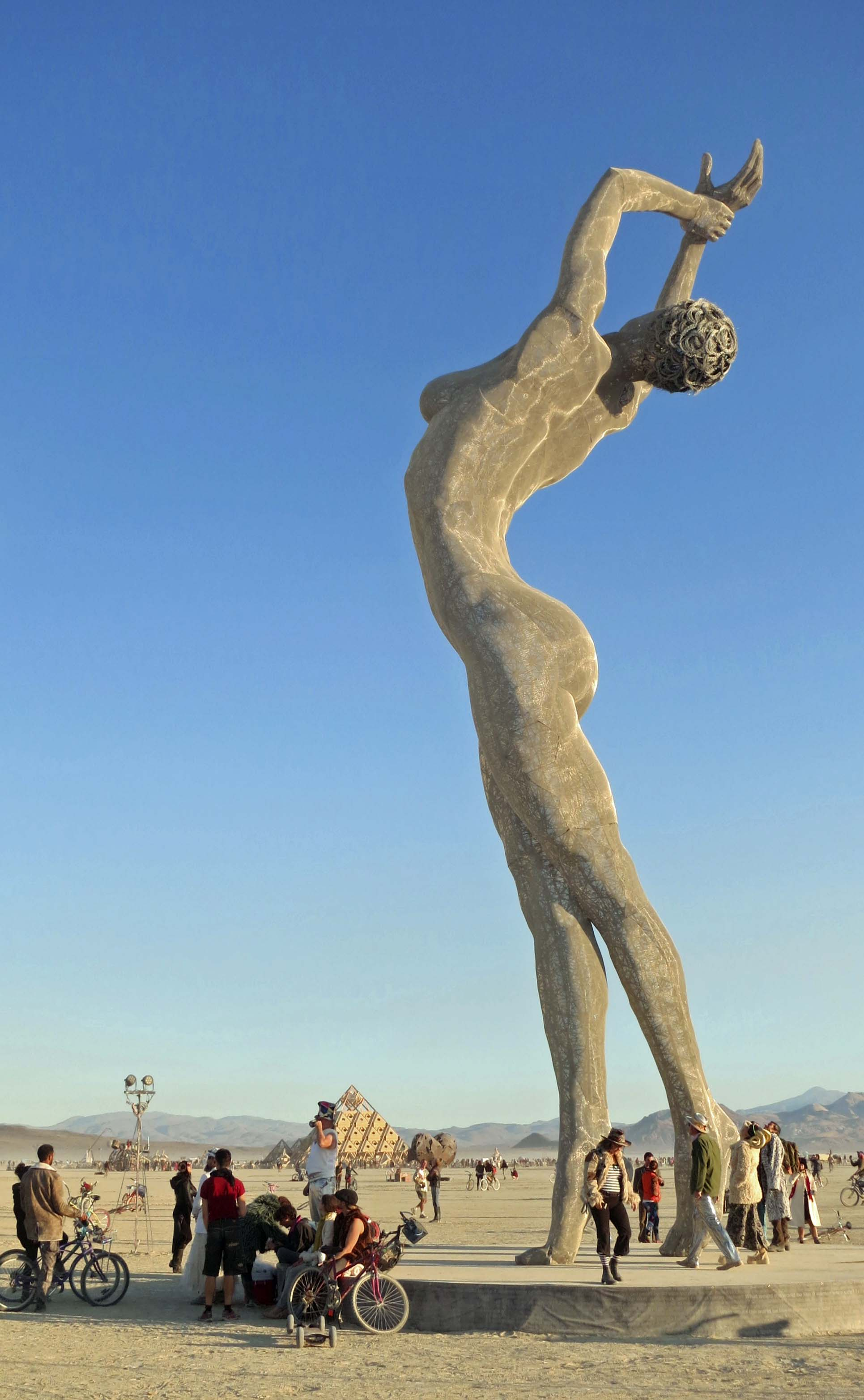 The sculpture Truth and Beauty at Burning Man 2013.