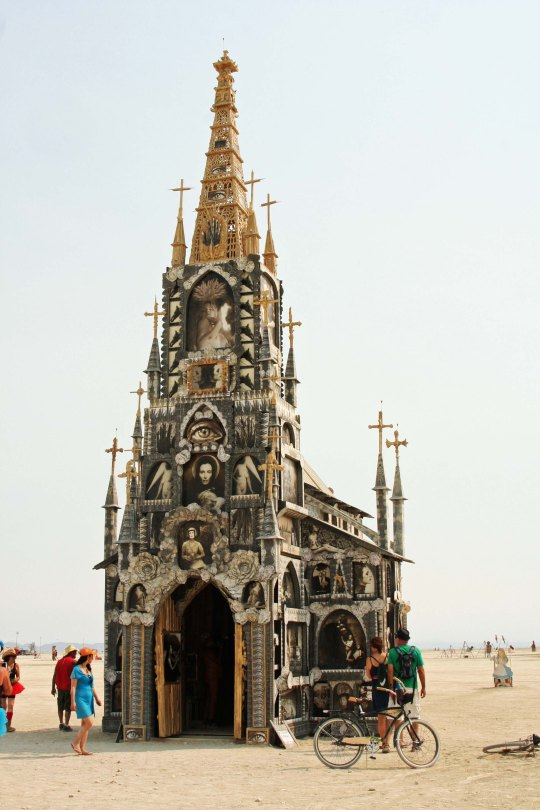 A front view of the Photo Chapel by Mike Garlington at Burning Man 2013.
