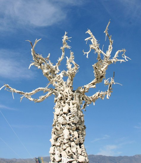 Skull tree at Burning Man by day.