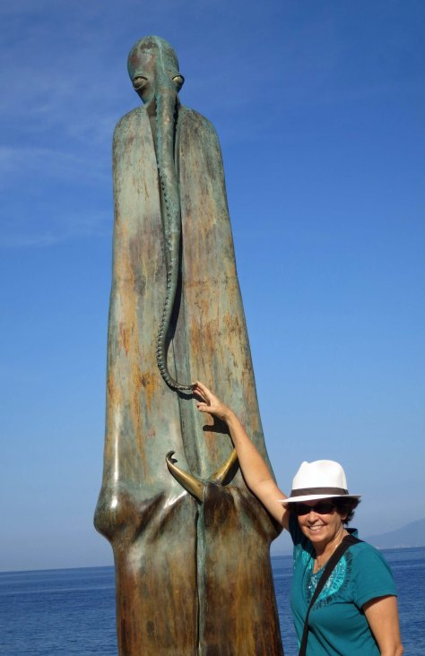 Photo of Rotunda del Mar sculpture in Puerto Vallarta by Curtis Mekemson.