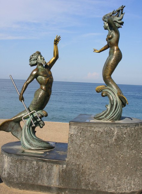 Photo of Triton Nereida sculpture in Puerto Vallarta by Curtis Mekemson.