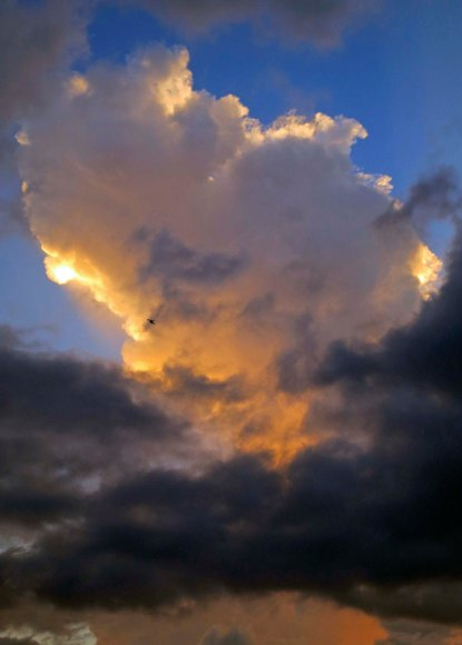 Cumulous cloud in Puerto Vallarta. (Photo by Curtis Mekemson.)