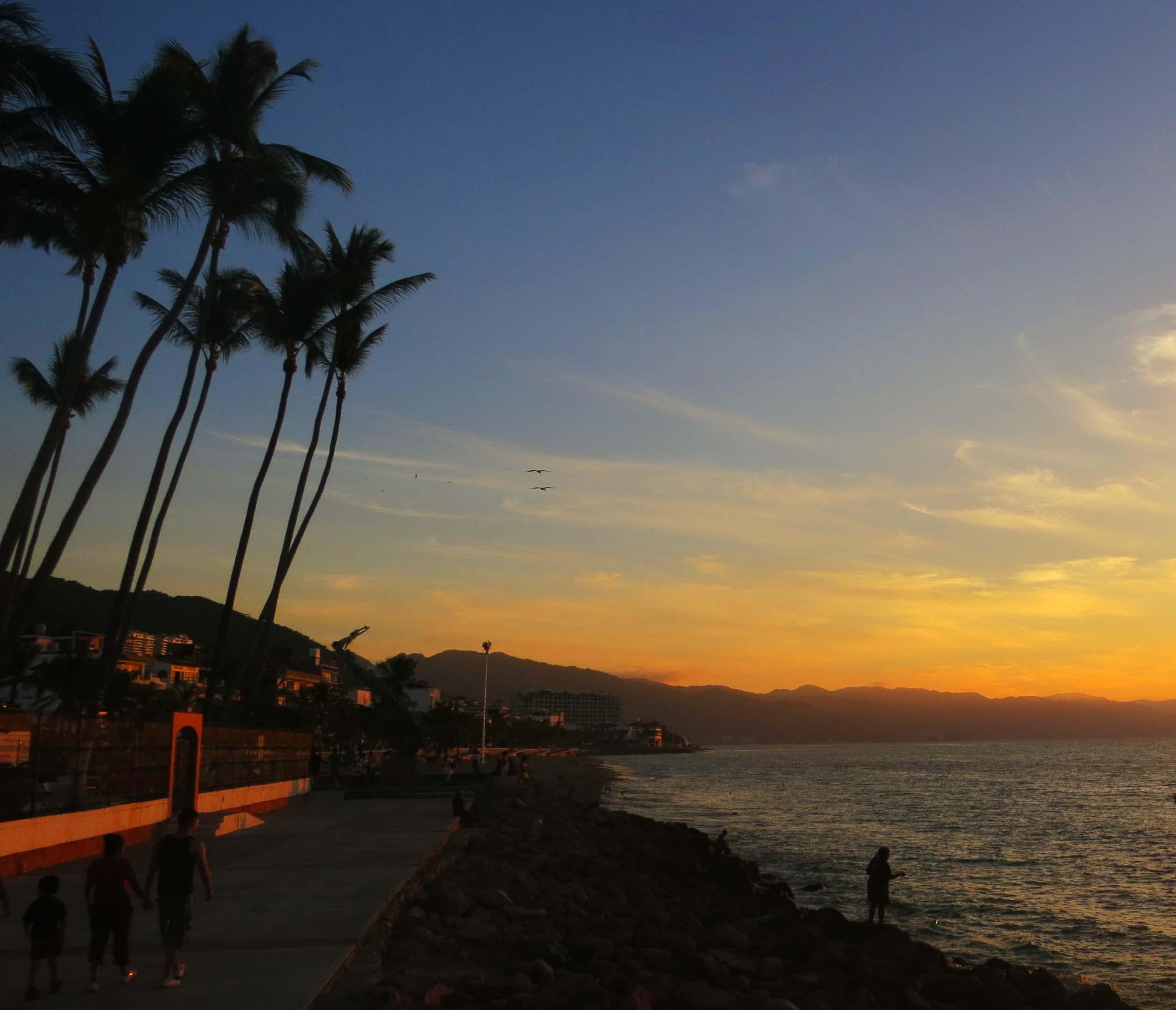 Sunset along Malecon in Puerto Vallarta. (Photo by Curtis Mekemson.)