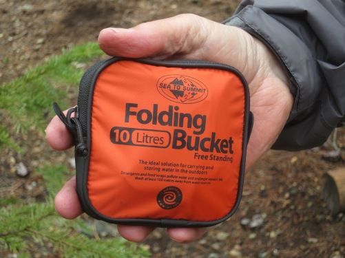 Go light is the mantra of anyone who carries his house on his back. Fortunately, the backpacking industry is constantly developing lighter equipment, such as this fully functional folding bucket.