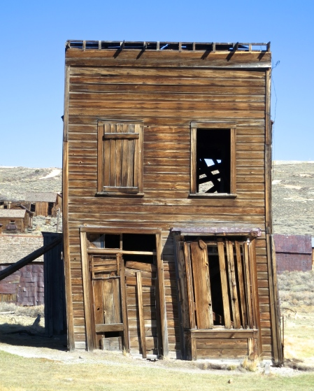 Leaning building in the Bodie State Park ghost town. Photo by Curtis Mekemson.