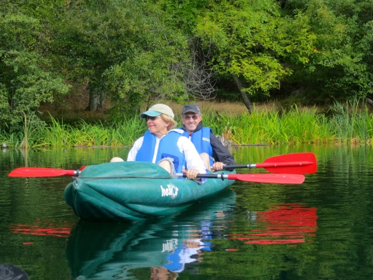 Jane and Jim Hagedorn kayaking on Squaw Lake in Southern Oregon. Photo by Curtis Mekemson.