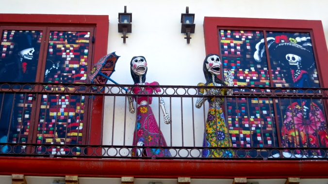 A popular restaurant in Puerto Vallarta features these to singing cuties on its balcony.