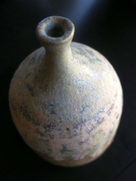 Simple flower vase.