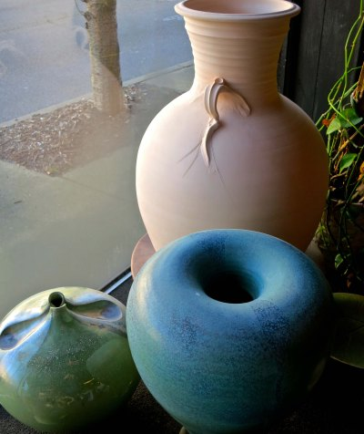 Talle Johnson pottery at the studio of Marian Heintx in Chattanooga, Tennessee. Photo by Curtis Mekemson.