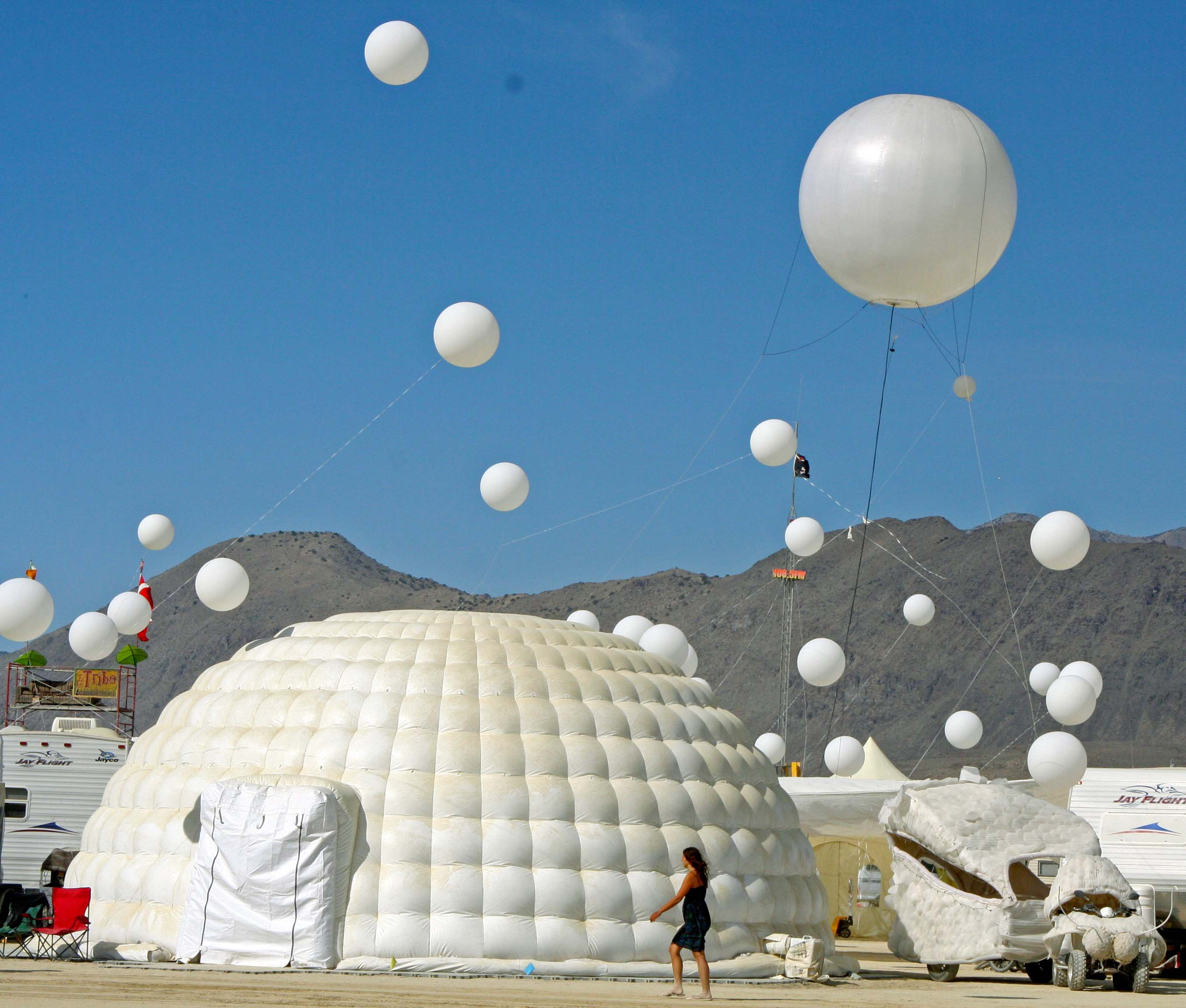 The Best of Burning Man: The Top Ten Series (#6)… The Buildings of
