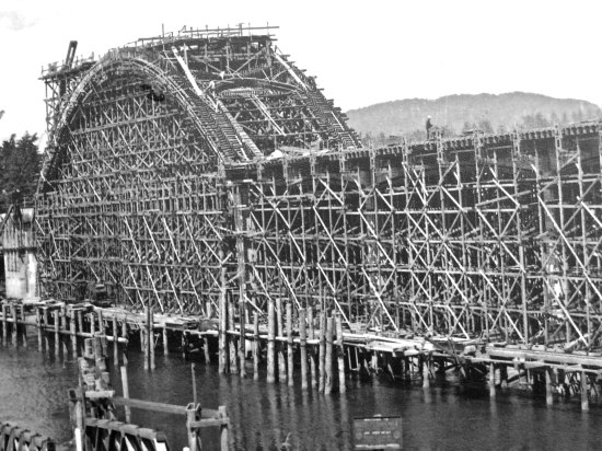 The bridge under construction. (Photo from display next to the bridge.)