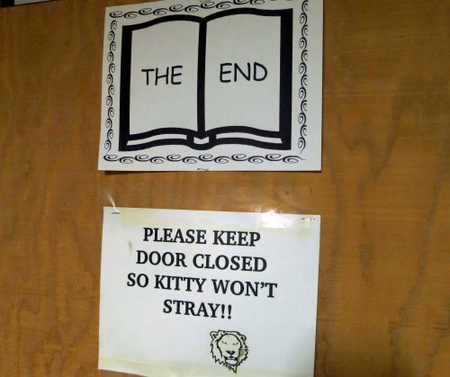 And found the end. Wouldn't you be slightly tempted to open the door and meet kitty?