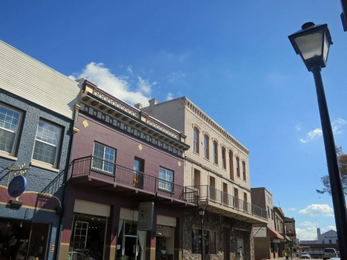 The community has done a great job of renovating and maintaining its historic buildings.