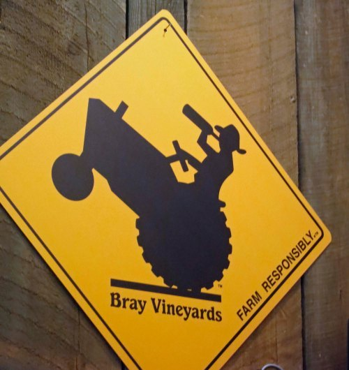 I thought my fellow bloggers who are into farming would appreciate this sign.