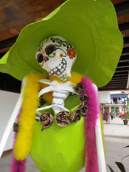 Judging from the number and variety of Catrinas we found, I surmised that Puerto Vallarta's visitors bureau had sponsored a Catrina contest for the Day of the Dead.