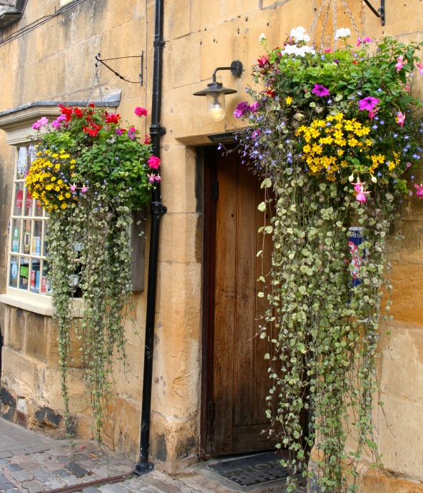 A scene captured during a walk about in Chipping Campden, a favorite village of mine, one to be revisited!