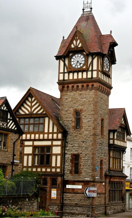 Ledbury is known for its centuries old timber framed buildings. The clock tower made a picturesque addition.