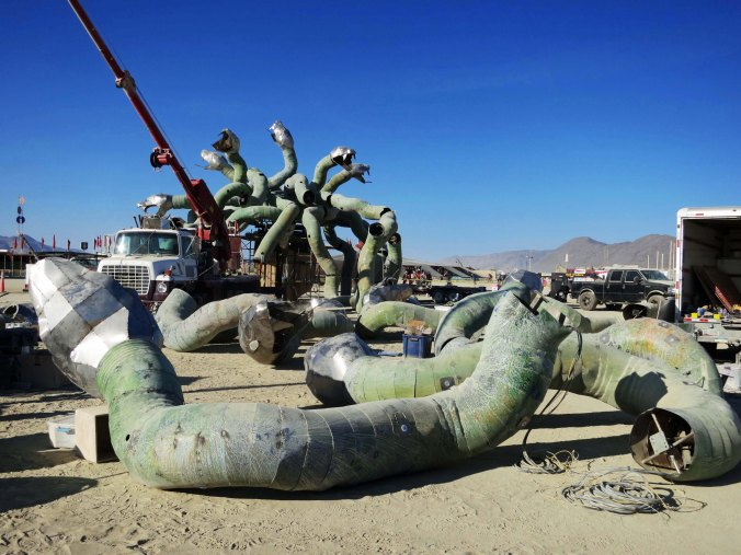 6 Medusa being built at Burning Man 2015