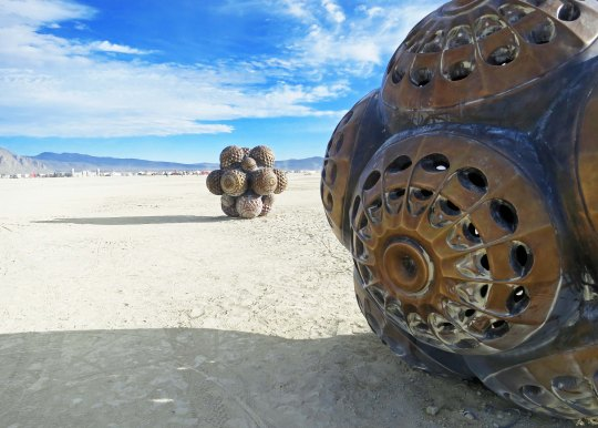 13 Molecule sculpture 7 at Burning Man 2015