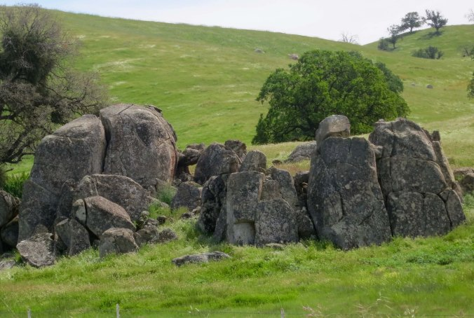 Rock outcroppings along the road were quite beautiful.