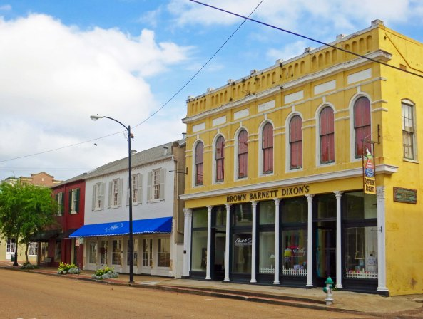 Downtown Natchez, Mississippi on a quiet Sunday.