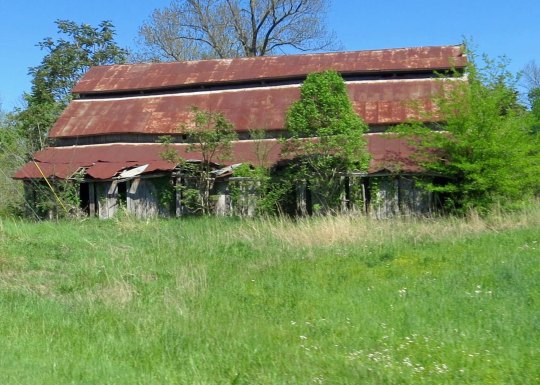 An old barn along highway 30 outside of McMinnville, Tennessee.