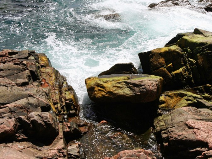 The Cabot Trail moves between the Highlands and Coast. Give a choice between long sandy beaches and rocky coasts I will always prefer the rocky coasts, unless I happen to be on a tropical island.