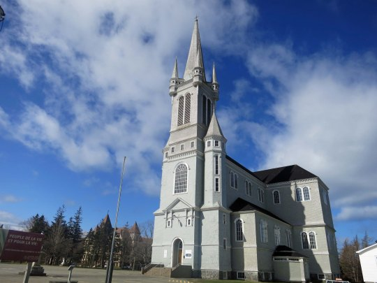 While my bike journey took us southeast toward Halifax, Peggy and I also explored the west coast of Nova Scotia along what is known as the Evangeline Trail. A number of impressive catholic Churches reflect the French Acadian history of the area.