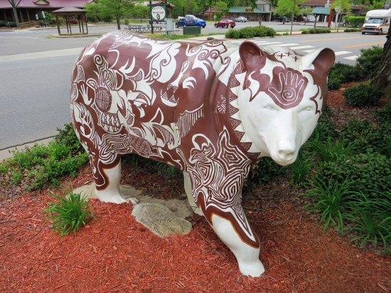 Bear sculpture in Cherokee, North Carolina