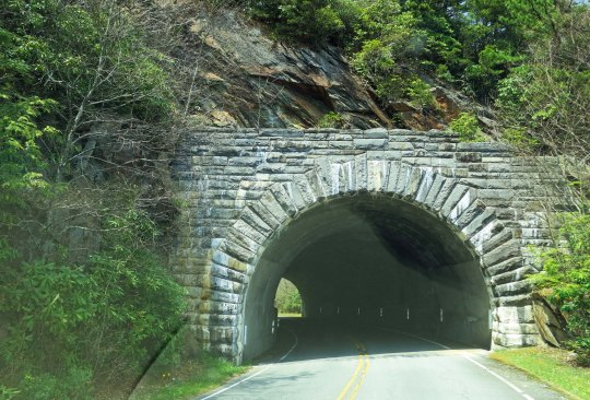 One of numerous tunnels along the Parkway. I found the stone work quite beautiful. Sone masons from Europe were brought in during the 1930s to help.