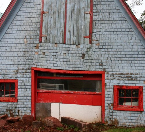 And I admired the imagination of the person who had added red trim to this building of by-gone days.