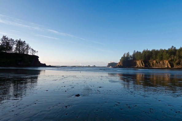 Low tide at Sunset Bay on the Oregon Coast near Coos Bay.