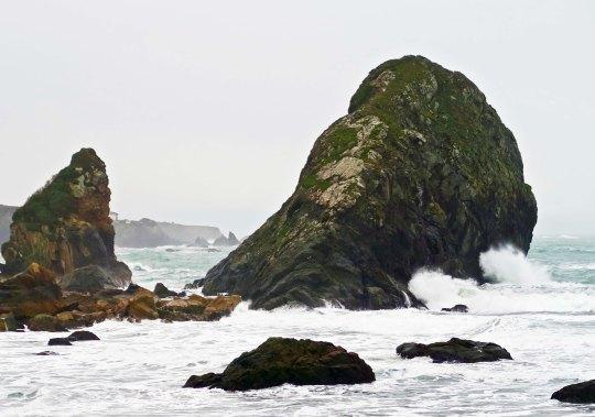 Storm tossed seas at Harris Beach State Park.