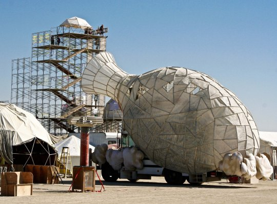 Mutant vehicle that looks like a vase at Burning Man.