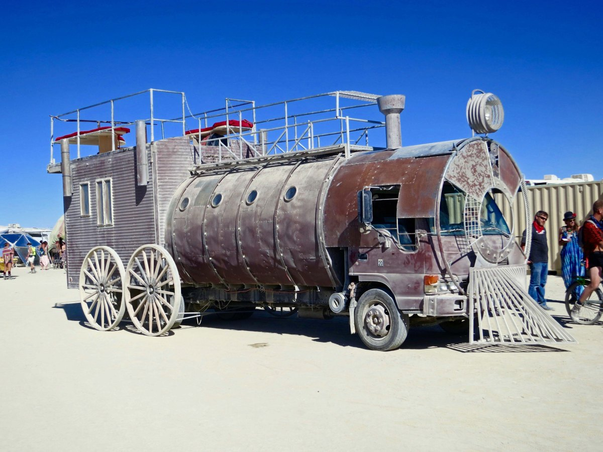 Steam engine Mutant Vehicle at Burning Man.