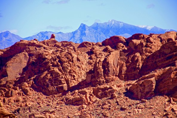 Mountains and sandstone at Valley of Fire State Park i southern Nevada.