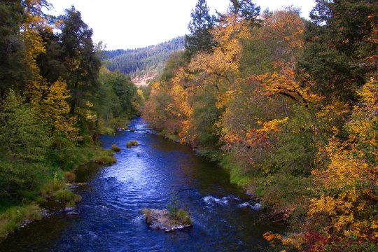 Applegate River in fall, Southern Oregon