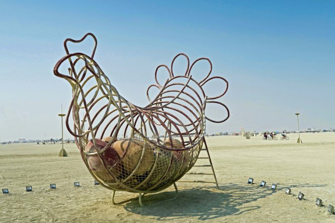 Chicken and egg sculpture at Burning Man 2017