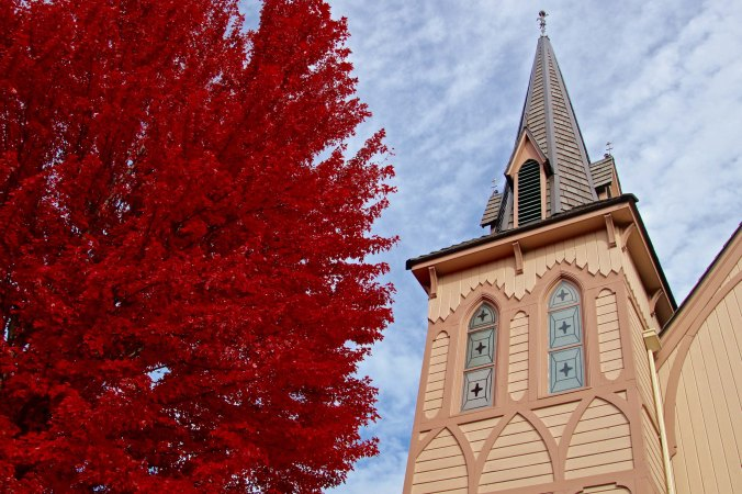 Fall trees and Church in Jacksonville, Oregon